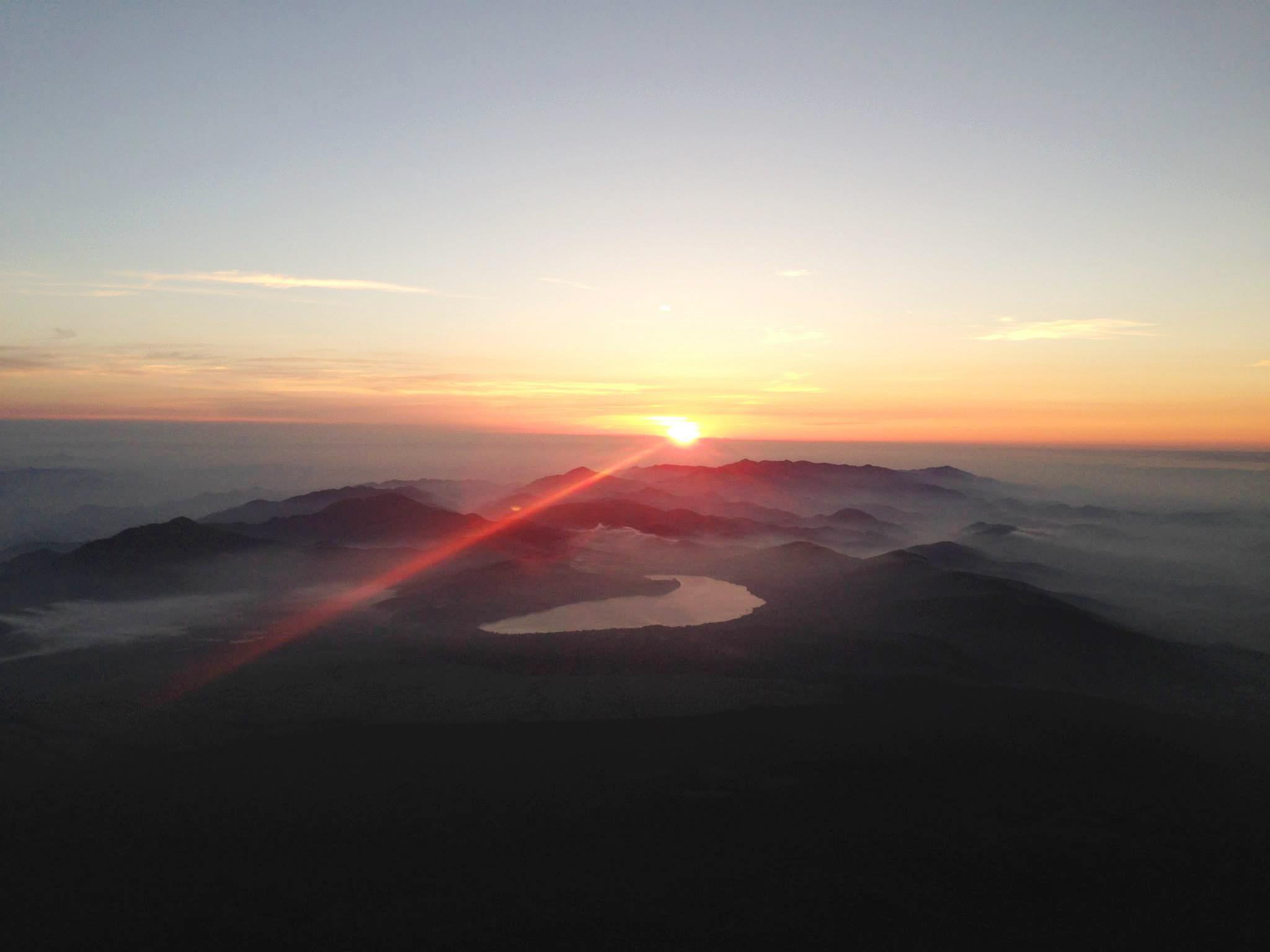 富士山ご来光大陽館から