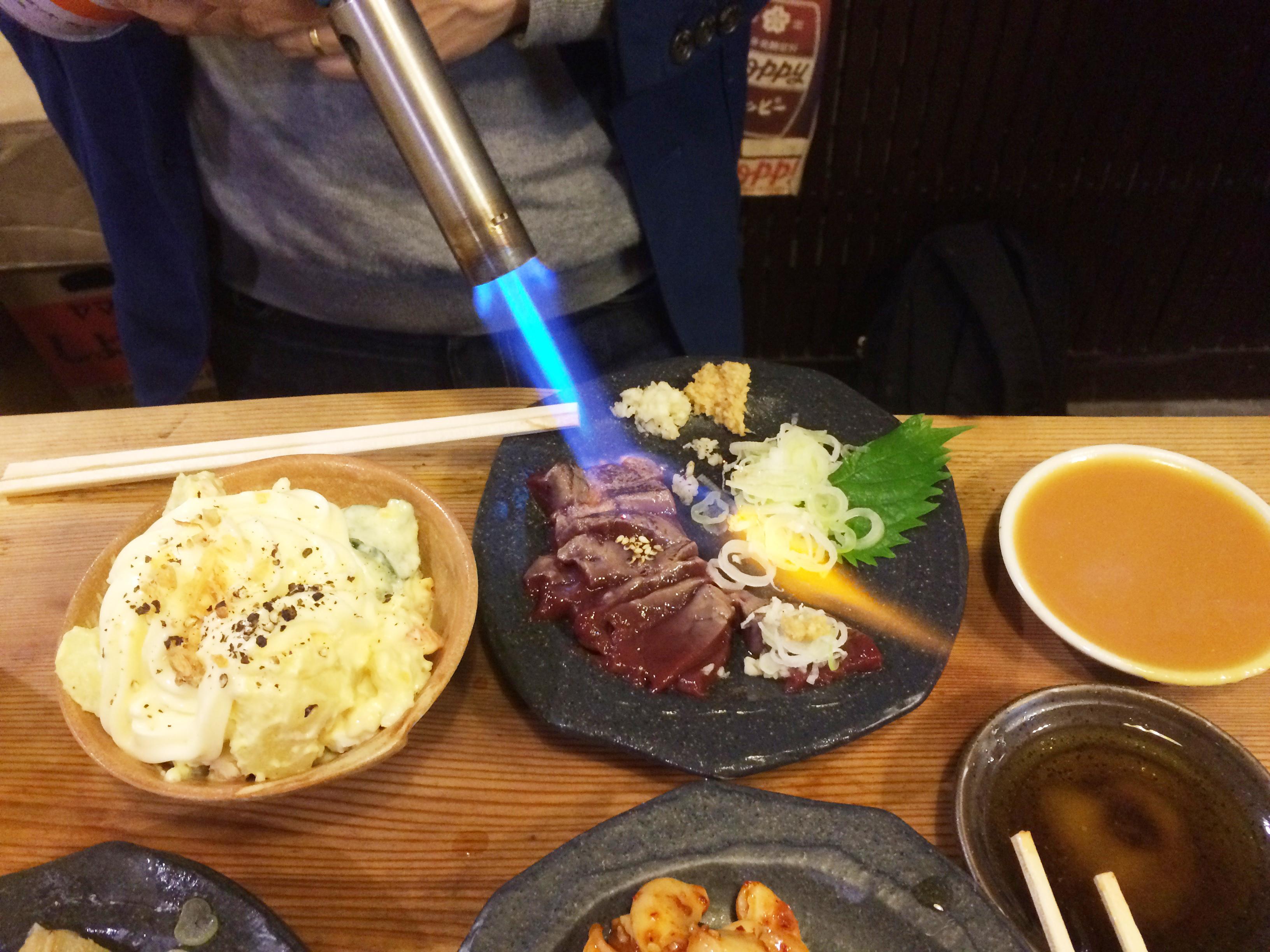 宮川橋もつ肉店_皿焼きレバー