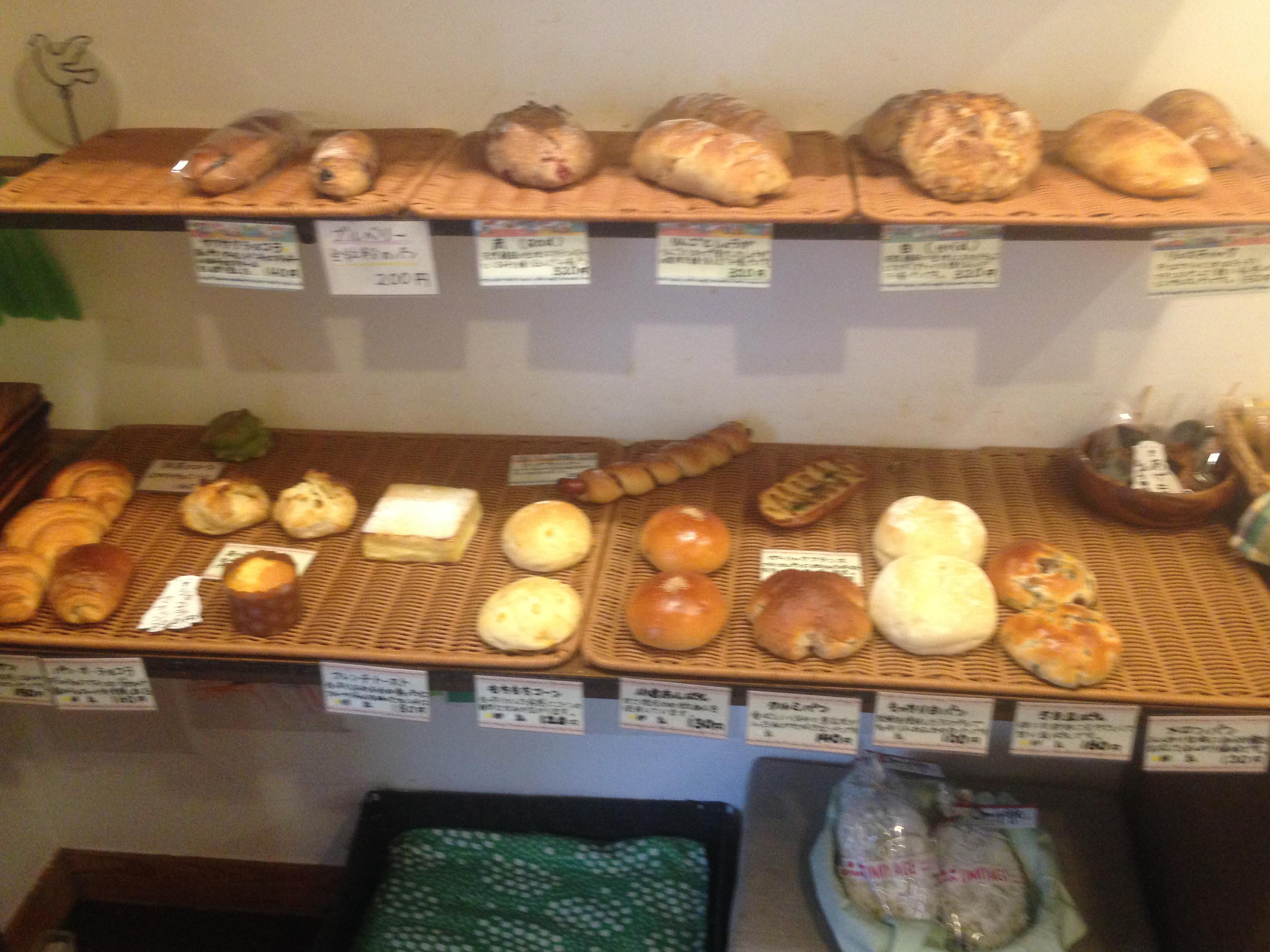 赤羽の街のパン屋さん Lille farのパン